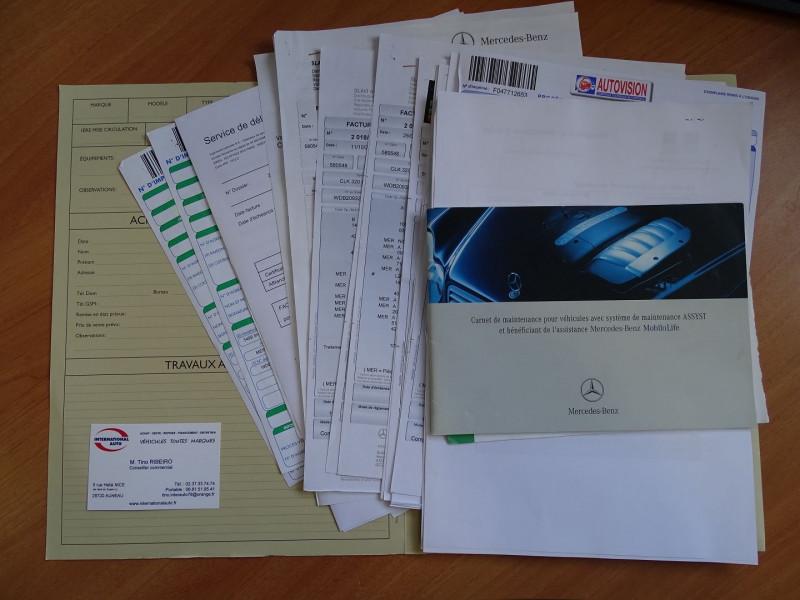 Photo 20 de l'offre de MERCEDES-BENZ CLASSE CLK (C209) 320 CDI AVANTGARDE 7GTRO à 9890€ chez International Auto Auneau