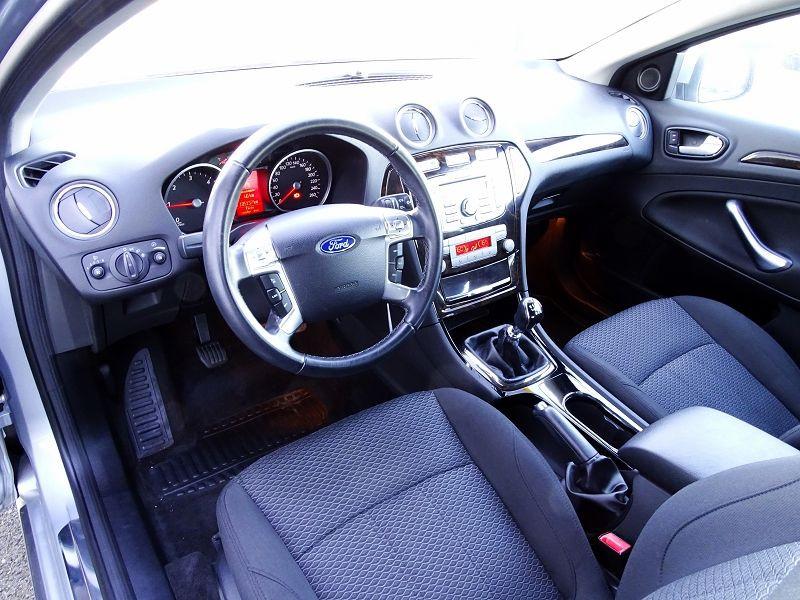 Photo 8 de l'offre de FORD MONDEO 1.8 TDCI 125CH GHIA 5P à 7190€ chez International Auto Auneau