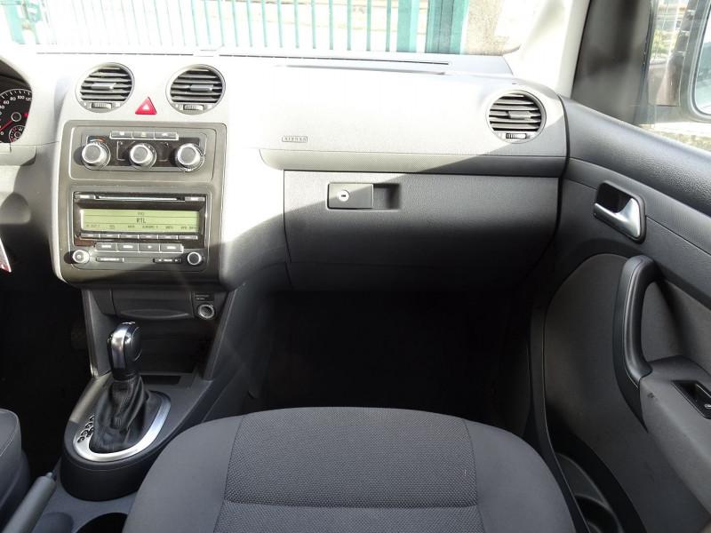 Photo 14 de l'offre de VOLKSWAGEN CADDY MAXI 1.6 TDI 102CH FAP TRENDLINE DSG7 à 12990€ chez International Auto Auneau
