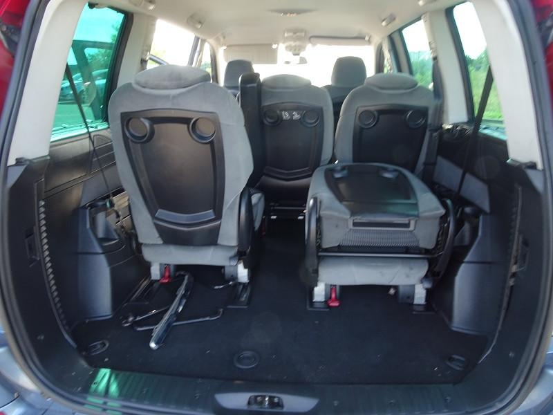 Photo 17 de l'offre de CITROEN C8 2.0 HDI138 AIRPLAY 7 PLACES à 6790€ chez International Auto Auneau