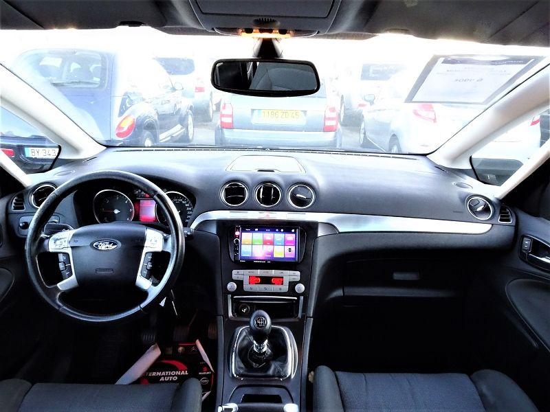 Photo 10 de l'offre de FORD S-MAX 2.0 TDCI 140CH TITANIUM à 6690€ chez International Auto Auneau
