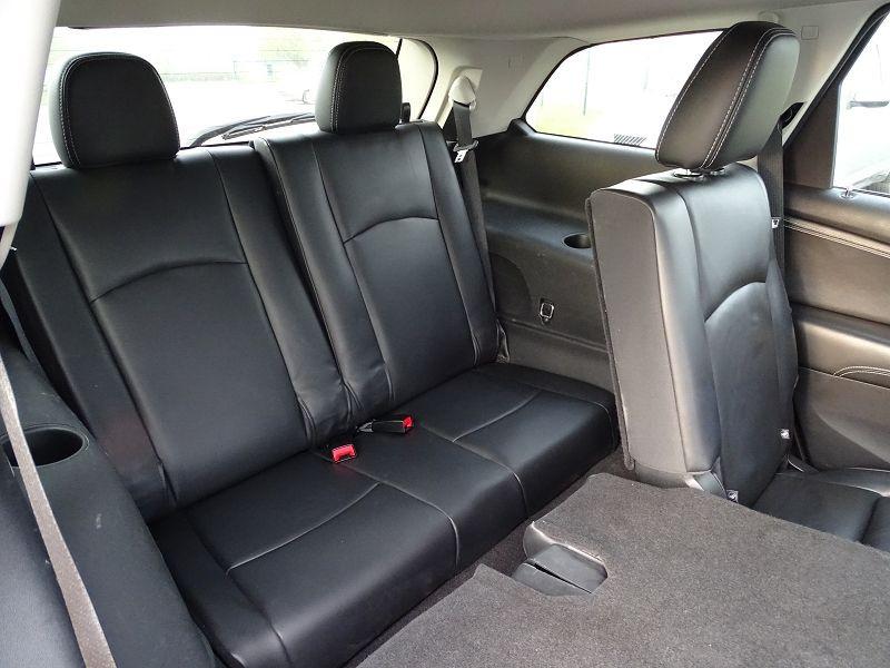 Photo 16 de l'offre de FIAT FREEMONT 2.0 MULTIJET 16V 170CH LOUNGE AWD BVA à 14990€ chez International Auto Auneau