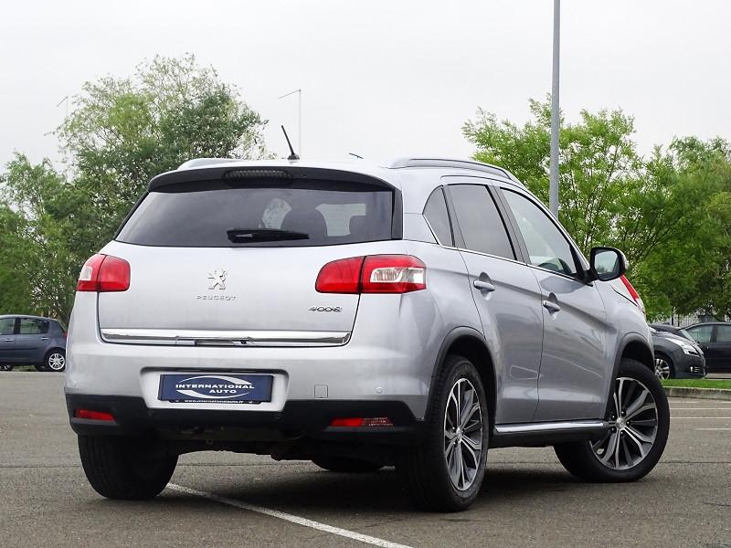 Photo 2 de l'offre de PEUGEOT 4008 1.8 HDI150 FAP STT 4WD à 12490€ chez International Auto Auneau