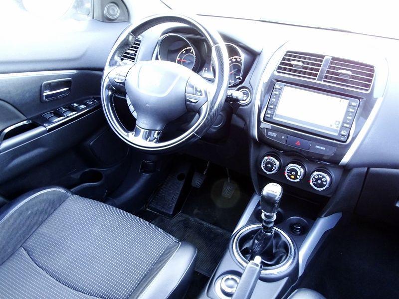 Photo 14 de l'offre de PEUGEOT 4008 1.8 HDI150 FAP STT 4WD à 12490€ chez International Auto Auneau
