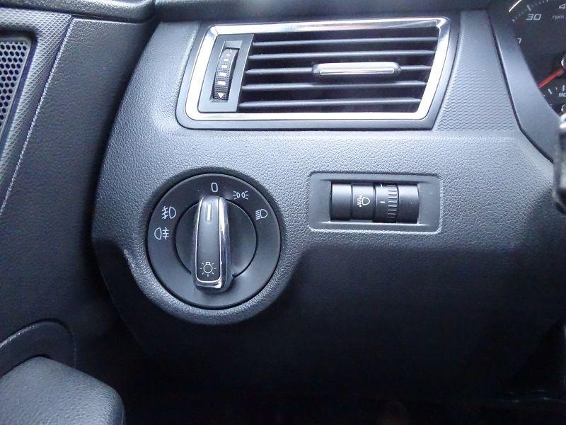 Photo 6 de l'offre de SEAT TOLEDO 1.2 TSI 105CH REFERENCE à 8490€ chez International Auto Auneau