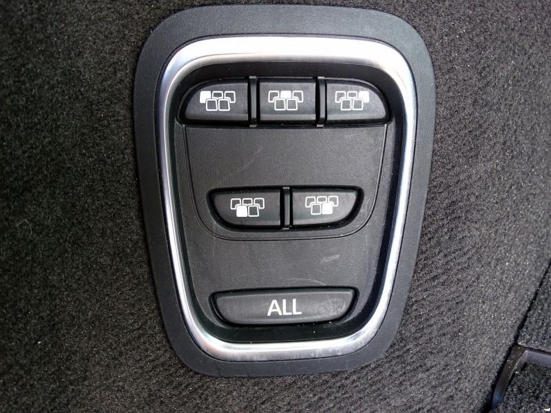 Photo 14 de l'offre de RENAULT ESPACE V 1.6 DCI 130CH ENERGY LIFE à 14690€ chez International Auto Auneau