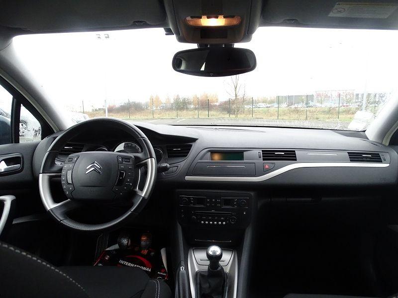 Photo 13 de l'offre de CITROEN C5 1.6 HDI110 DYNAMIQUE à 6990€ chez International Auto Auneau