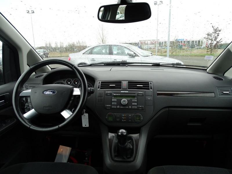 Photo 11 de l'offre de FORD C-MAX 1.8 125CH GHIA à 3990€ chez International Auto Auneau