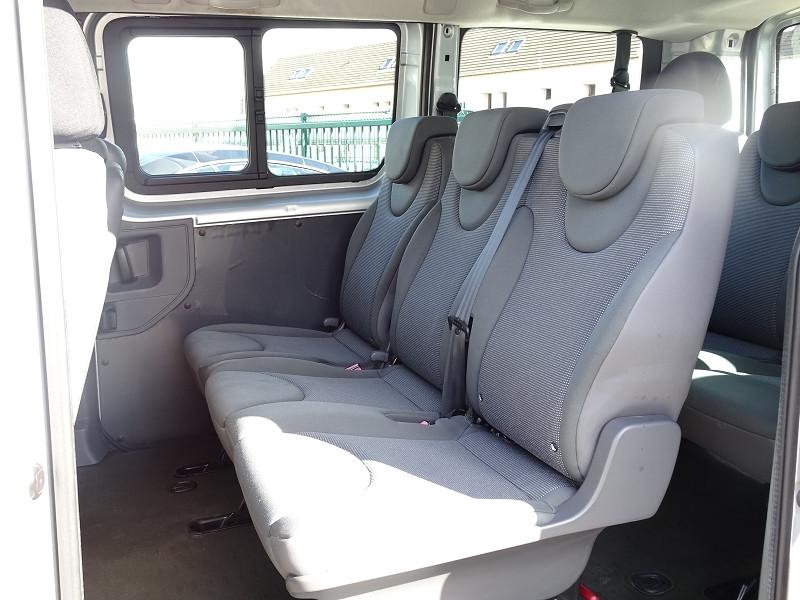 Photo 10 de l'offre de FIAT SCUDO PANORAMA CH1 1.6 MULTIJET 16V 8/9 PLACES à 11990€ chez International Auto Auneau