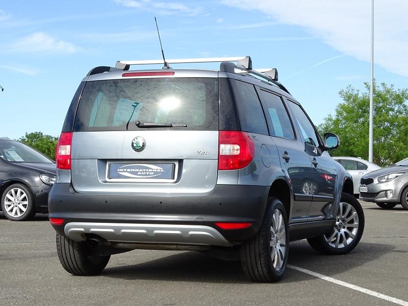Photo 2 de l'offre de SKODA YETI 1.2 TSI EXPERIENCE DSG 4X2 à 10690€ chez International Auto Auneau