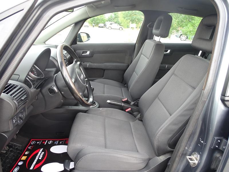Photo 3 de l'offre de AUDI A2 1.4 TDI 90CH PACK à 5890€ chez International Auto Auneau