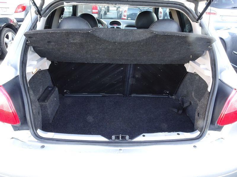 Photo 9 de l'offre de PEUGEOT 206 2.0 16V GT 3P à 7590€ chez International Auto Auneau