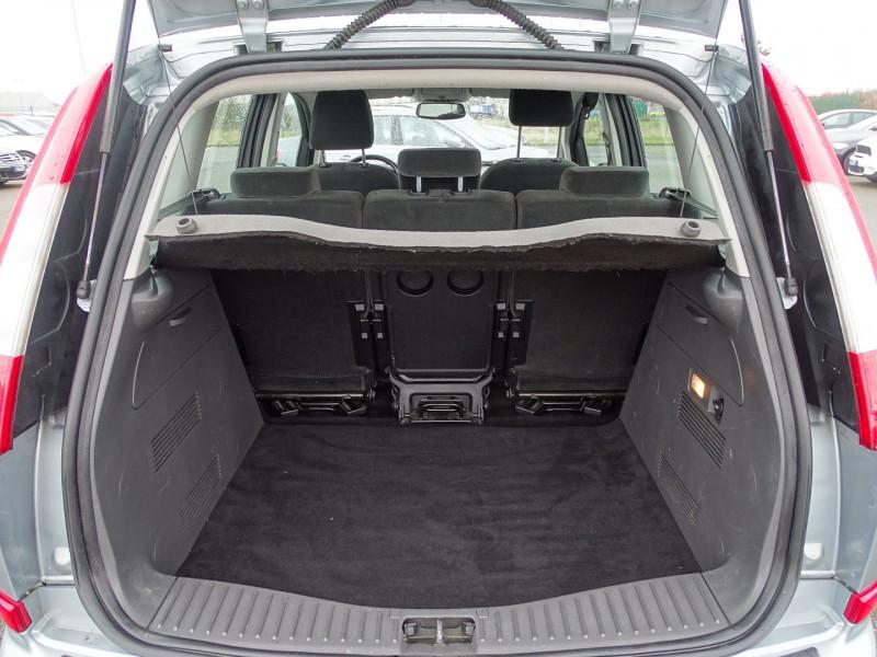 Photo 7 de l'offre de FORD C-MAX 1.8 125CH GHIA à 3990€ chez International Auto Auneau
