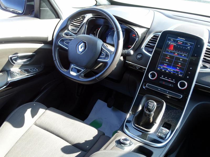 Photo 13 de l'offre de RENAULT ESPACE V 1.6 DCI 130CH ENERGY LIFE à 14690€ chez International Auto Auneau