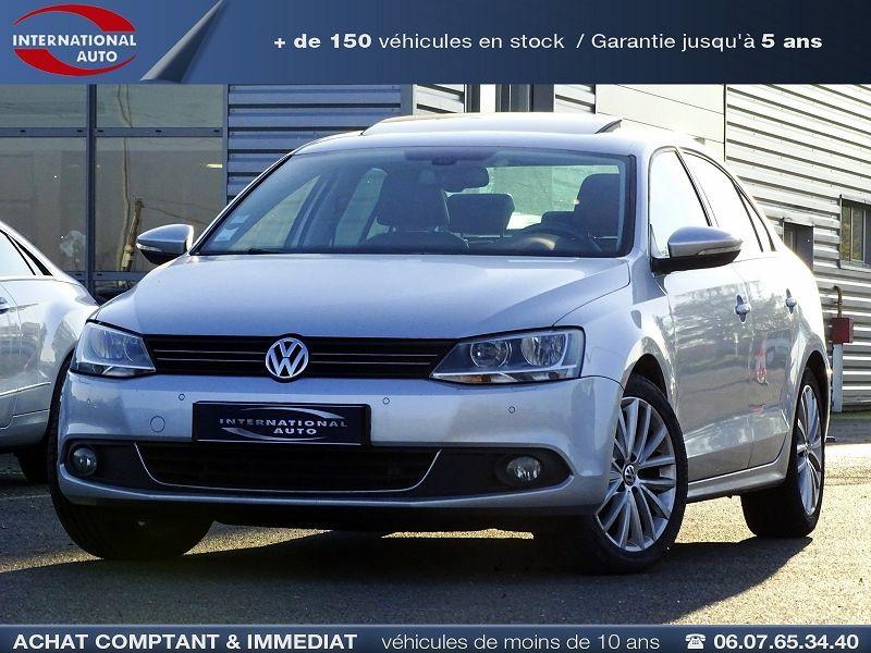 Volkswagen JETTA 2.0 TDI 140CH FAP CARAT Diesel GRIS CLAIR  Occasion à vendre