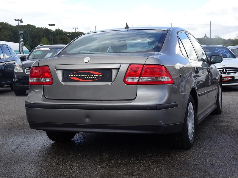 Photo 2 de l'offre de SAAB 9-3 1.9 TID150 FAP LINEAR SPORT SENTRONIC à 6590€ chez International Auto Auneau