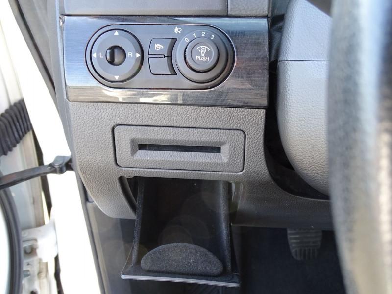 Photo 14 de l'offre de CHEVROLET CAPTIVA 2.2 VCDI163 LT S&S à 9990€ chez International Auto Auneau