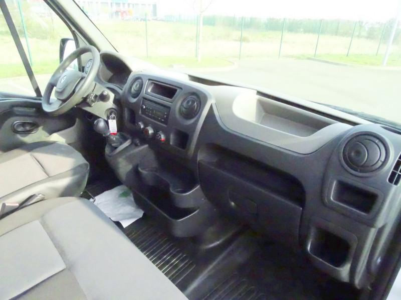 Photo 7 de l'offre de RENAULT TRUCKS MASTER FG 125.35 FG L3H2 à 11490€ chez International Auto Auneau