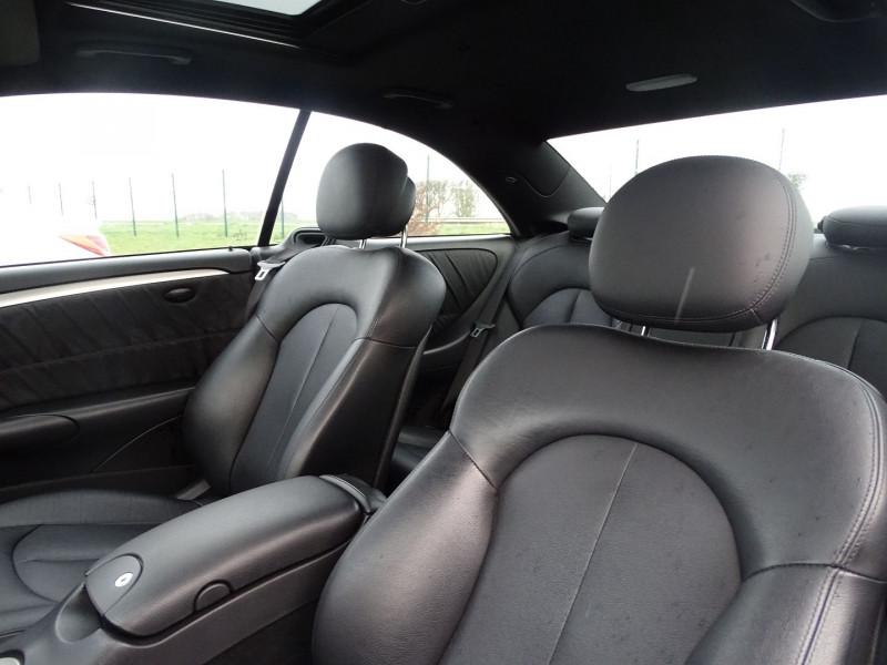 Photo 4 de l'offre de MERCEDES-BENZ CLASSE CLK (C209) 320 CDI AVANTGARDE 7GTRO à 9890€ chez International Auto Auneau