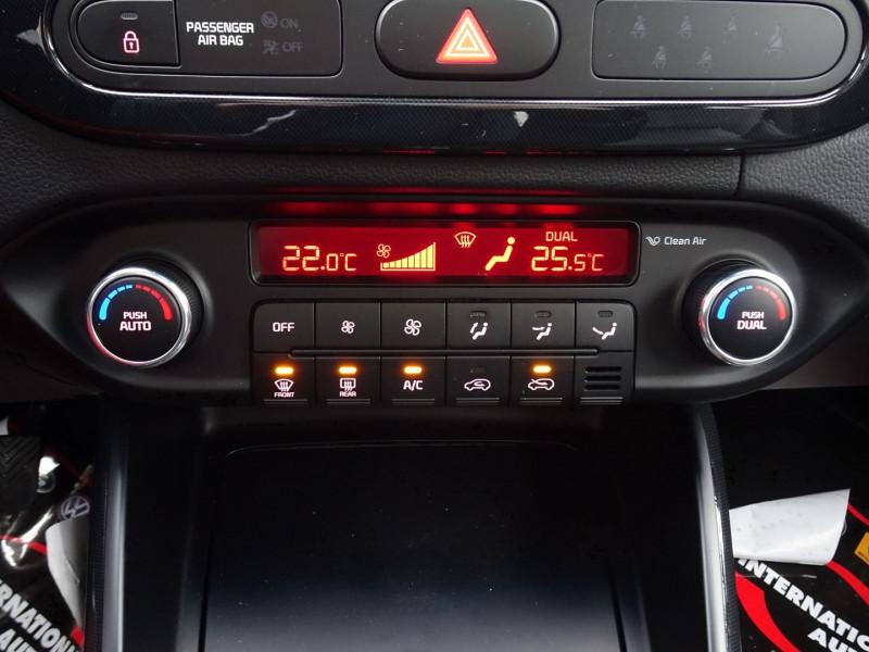 Photo 15 de l'offre de KIA CARENS 2.0 GDI 165  PREMIUM ISG 7 PLACES à 12890€ chez International Auto Auneau