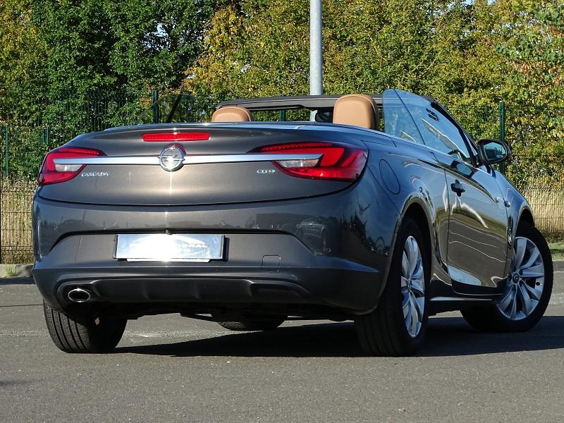 Photo 15 de l'offre de OPEL CASCADA 2.0 CDTI 165CH COSMO PACK START&STOP à 13590€ chez International Auto Auneau