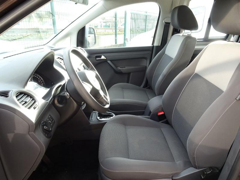 Photo 18 de l'offre de VOLKSWAGEN CADDY MAXI 1.6 TDI 102CH FAP TRENDLINE DSG7 à 12990€ chez International Auto Auneau