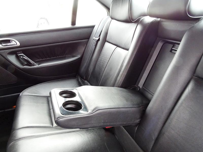 Photo 12 de l'offre de PEUGEOT 607 2.0 HDI136 FELINE FAP à 6790€ chez International Auto Auneau
