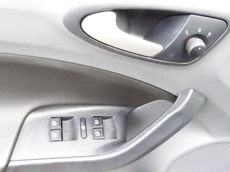 Photo 4 de l'offre de SEAT IBIZA 1.6 TDI90 FAP STYLE 5P à 6790€ chez International Auto Auneau