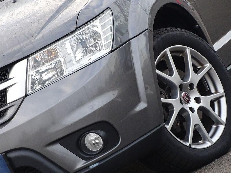Photo 2 de l'offre de FIAT FREEMONT 2.0 MULTIJET 16V 170CH LOUNGE AWD BVA à 14990€ chez International Auto Auneau