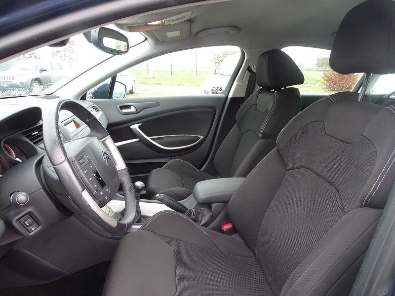 Photo 3 de l'offre de CITROEN C5 1.6 HDI110 DYNAMIQUE à 6990€ chez International Auto Auneau