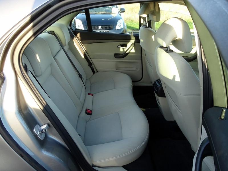 Photo 8 de l'offre de SAAB 9-3 1.9 TID150 FAP LINEAR SPORT SENTRONIC à 6590€ chez International Auto Auneau