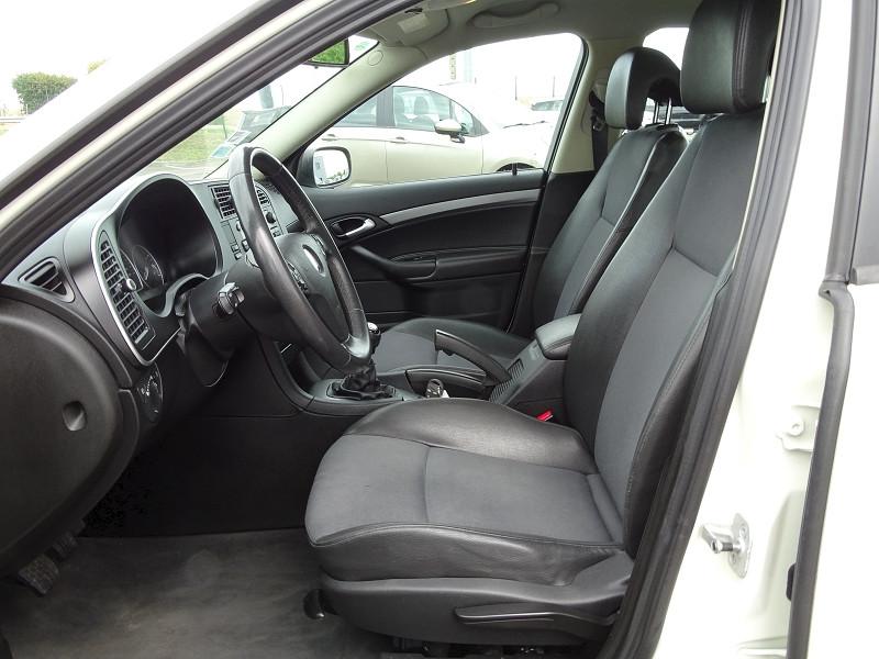 Photo 4 de l'offre de SAAB 9-3 1.8T 150CH BIOPOWER VECTOR à 9690€ chez International Auto Auneau