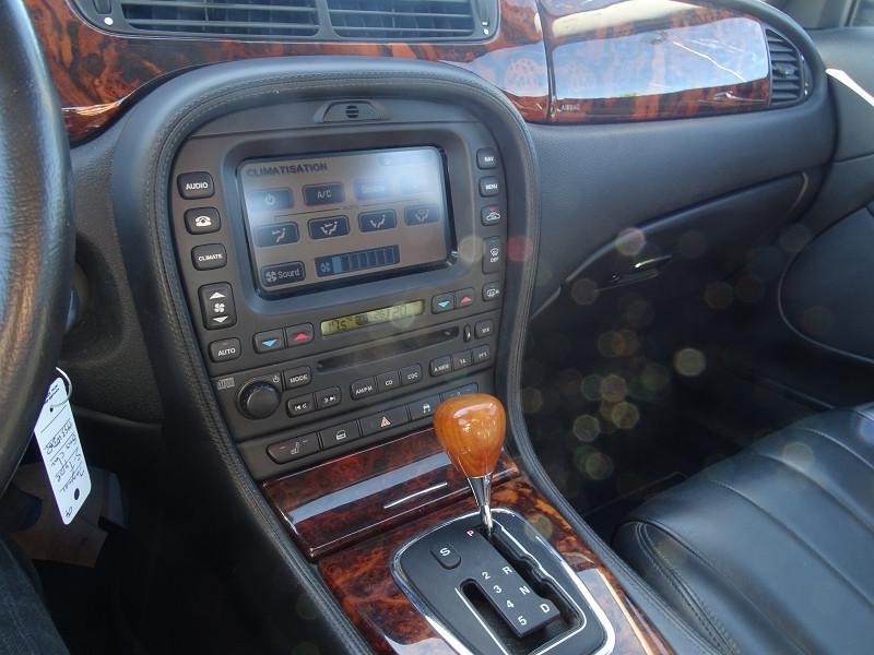 Photo 7 de l'offre de JAGUAR S-TYPE 2.7D BI-TURBO SPORT à 8690€ chez International Auto Auneau