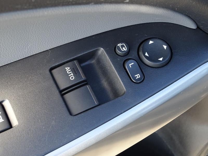 Photo 4 de l'offre de MAZDA MAZDA 2 1.4 MZ-CD ELEGANCE 5P à 5990€ chez International Auto Auneau