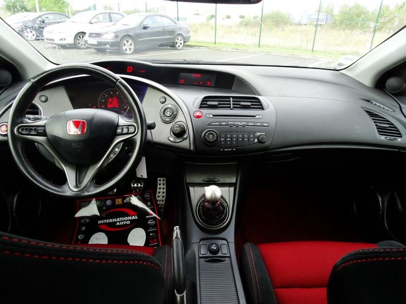Photo 13 de l'offre de HONDA CIVIC 2.0 TYPE R 3P à 13690€ chez International Auto Auneau