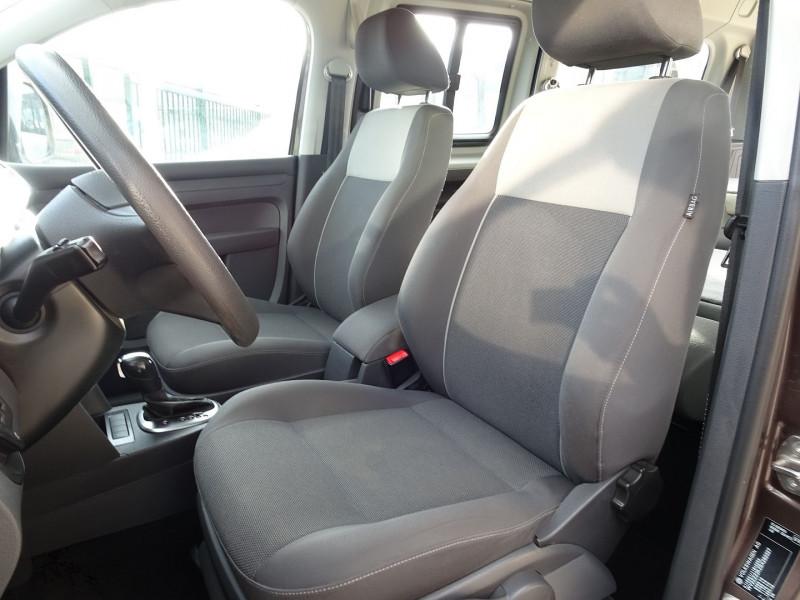 Photo 17 de l'offre de VOLKSWAGEN CADDY MAXI 1.6 TDI 102CH FAP TRENDLINE DSG7 à 12990€ chez International Auto Auneau