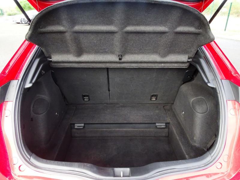 Photo 14 de l'offre de HONDA CIVIC 2.0 TYPE R 3P à 13690€ chez International Auto Auneau