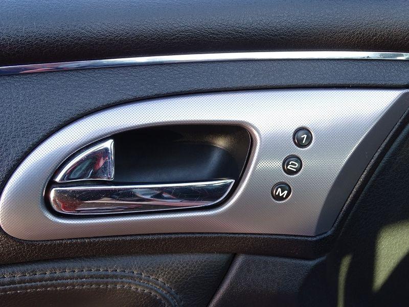 Photo 20 de l'offre de PEUGEOT 607 2.0 HDI136 FELINE FAP à 6790€ chez International Auto Auneau