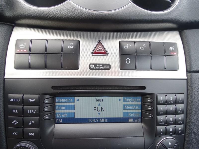 Photo 7 de l'offre de MERCEDES-BENZ CLASSE CLK (C209) 320 CDI AVANTGARDE 7GTRO à 9890€ chez International Auto Auneau