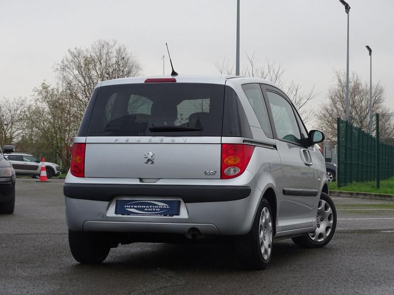 Photo 2 de l'offre de PEUGEOT 1007 1.4 HDI TRENDY à 4990€ chez International Auto Auneau