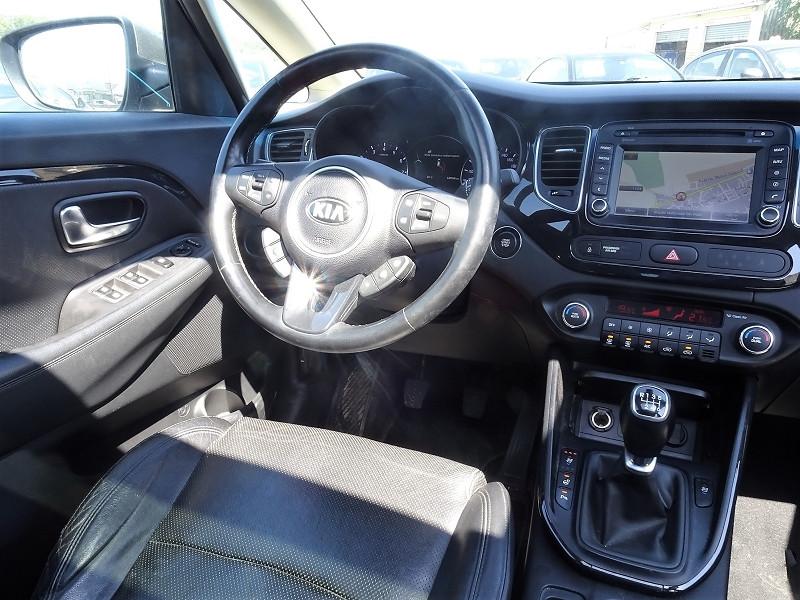 Photo 13 de l'offre de KIA CARENS 2.0 GDI 165  PREMIUM ISG 7 PLACES à 12890€ chez International Auto Auneau