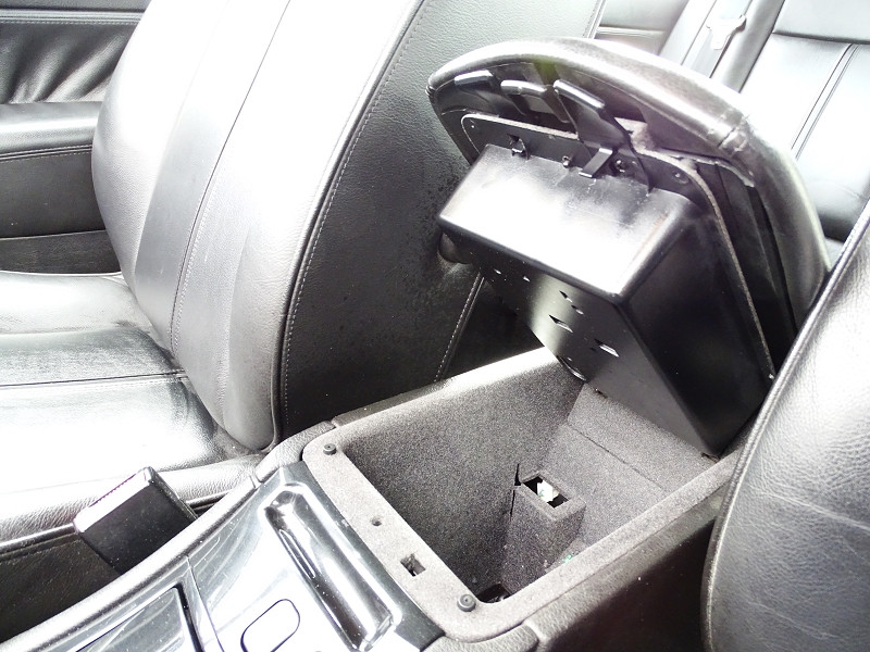 Photo 7 de l'offre de PEUGEOT 607 2.0 HDI136 FELINE FAP à 6790€ chez International Auto Auneau