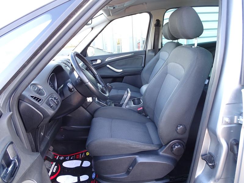 Photo 3 de l'offre de FORD S-MAX 2.0 TDCI 140CH TITANIUM à 6690€ chez International Auto Auneau