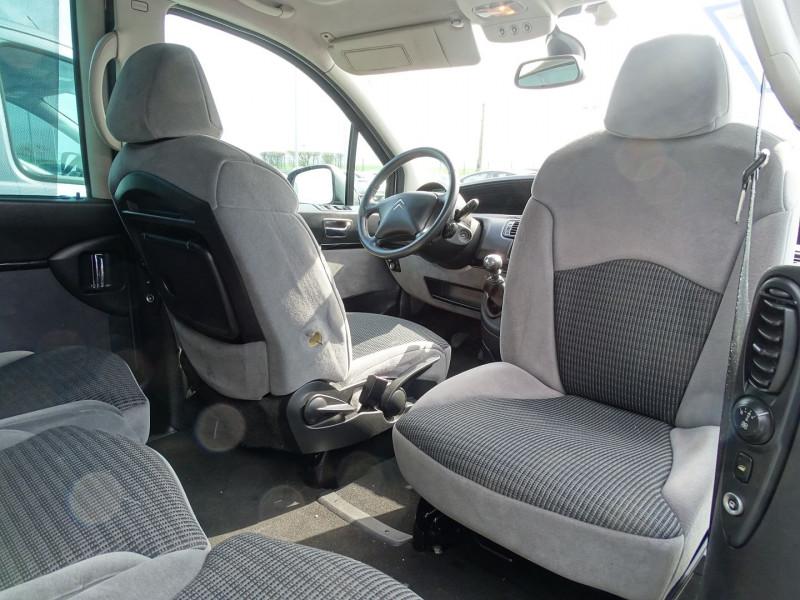 Photo 19 de l'offre de CITROEN C8 2.0 HDI138 AIRPLAY 7 PLACES à 6790€ chez International Auto Auneau