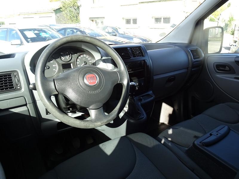 Photo 9 de l'offre de FIAT SCUDO PANORAMA CH1 1.6 MULTIJET 16V 8/9 PLACES à 11990€ chez International Auto Auneau