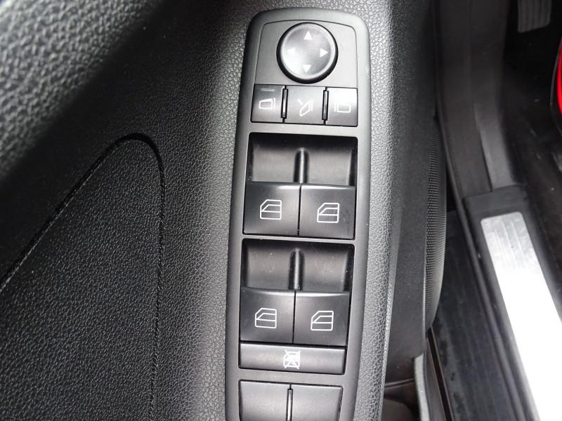 Photo 12 de l'offre de MERCEDES-BENZ CLASSE ML (W164) 280 CDI PACK LUXE à 10590€ chez International Auto Auneau
