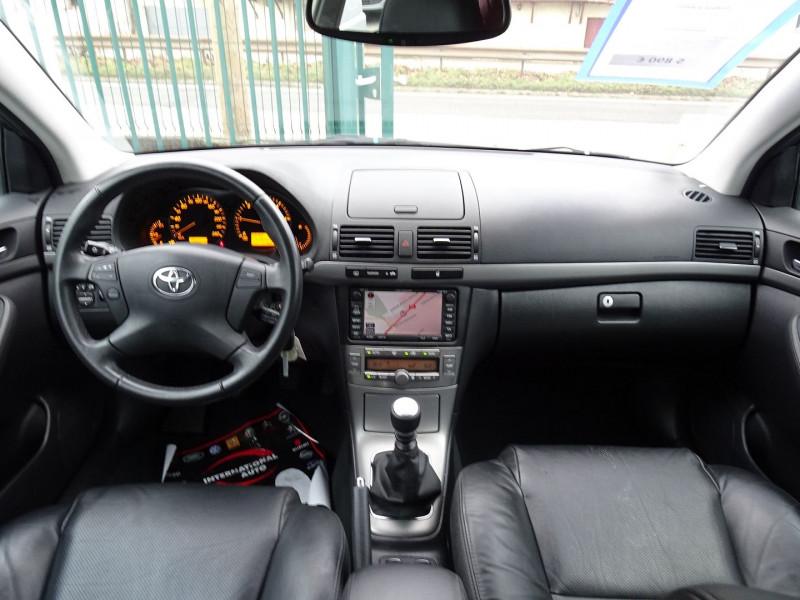 Photo 15 de l'offre de TOYOTA AVENSIS 126 D-4D TECHNO PACK 5P à 5890€ chez International Auto Auneau