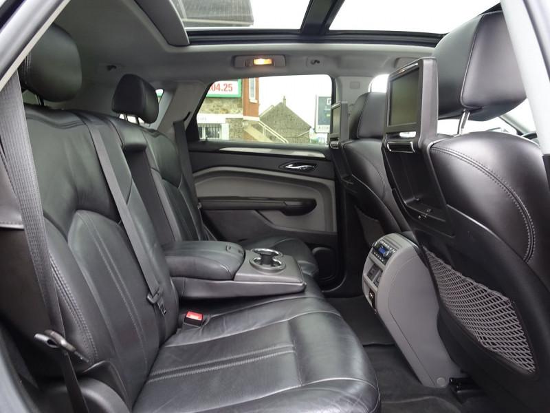 Photo 3 de l'offre de CADILLAC SRX 3.0 V6 AWD SPORT LUXURY  BA à 23490€ chez International Auto Auneau