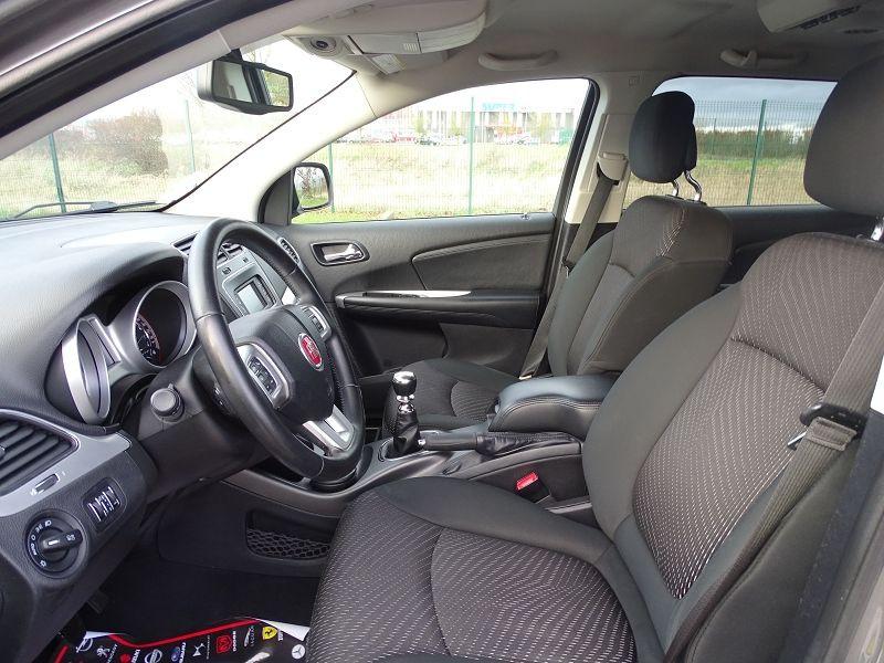 Photo 5 de l'offre de FIAT FREEMONT 2.0 MULTIJET 16V 140CH URBAN à 10790€ chez International Auto Auneau