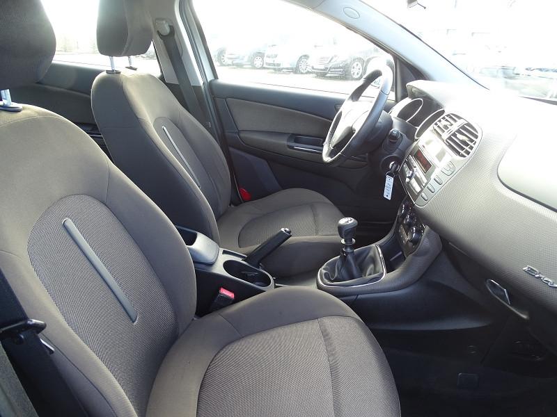 Photo 11 de l'offre de FIAT BRAVO 1.9 MULTIJET 8V 120CH DYNAMIC à 4990€ chez International Auto Auneau